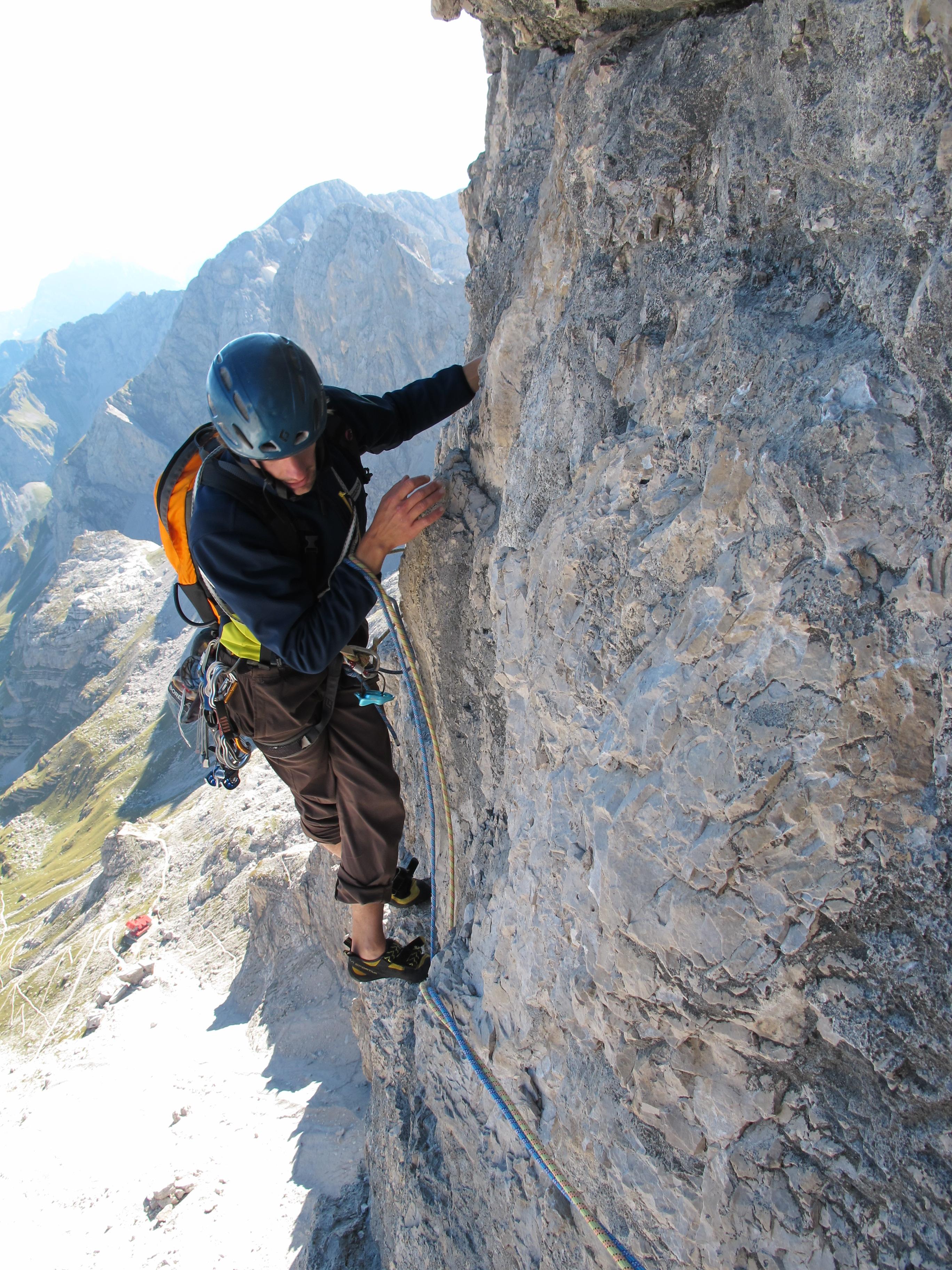 Arrampicata scuola alpinismo alta brianza for Schierandosi dalla roccia in casa