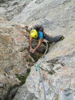 ..su diedri di ottima roccia alla Tour Termiere
